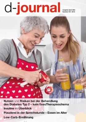Mutter und Tochter beim Kochen