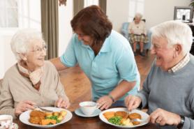 Essen im Altersheim