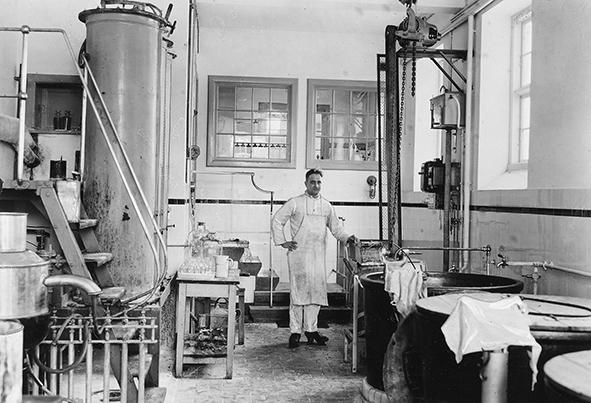 Erste Apparaturen zur Insulinherstellung in Dänemark