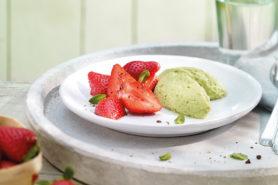 Rezept Avocado Mousse Mit Szechuan Erdbeeren